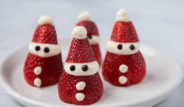 Kerstmannetjes van aardbei maken
